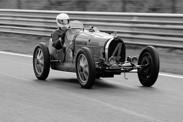 Bugatti van Roald Rakers