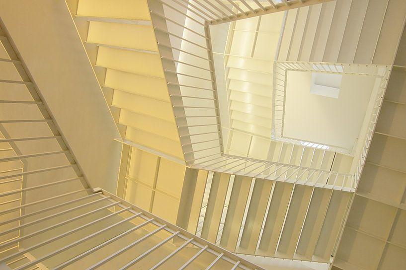 Escherian staircase van Mike Bing