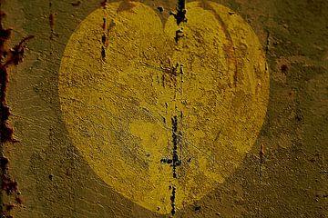 Figuren und Formen - Herz aus Gold von Christine Nöhmeier