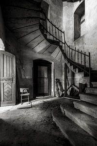 Die verlassene Kirche im Niedergang