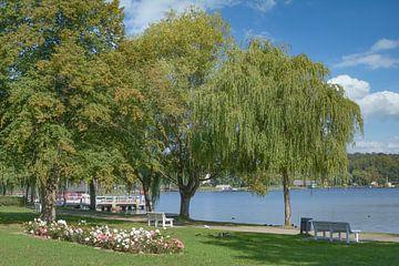Cracovie sur le lac, région des lacs du Mecklembourg sur Peter Eckert