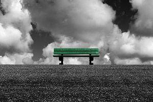 Eenzame bank zwartwit van