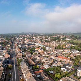 Luchtpanorama van Gulpen in Zuid-Limburg van John Kreukniet