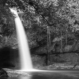 Hew Su Wat Waterval, Khao Yai Nationaal Park, Thailand van Johan Zwarthoed
