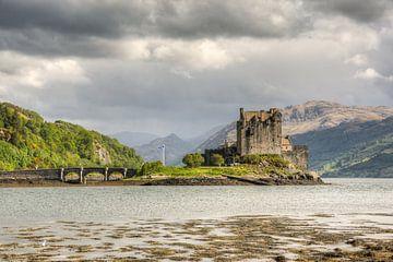 Eilean Donan Castle von Michael Valjak