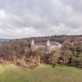 Vue aérienne de l'abbaye de Sint Benedictusberg à Mamelis sur John Kreukniet