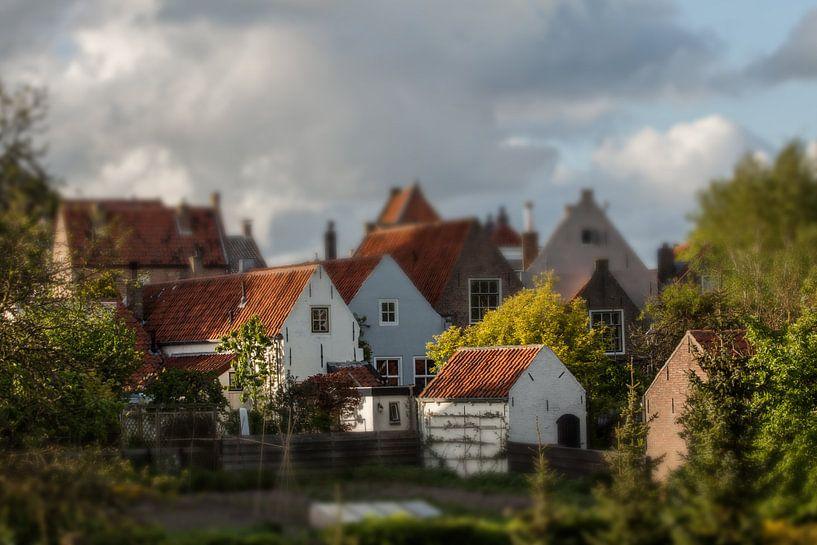 Little houses van Irene Lommers