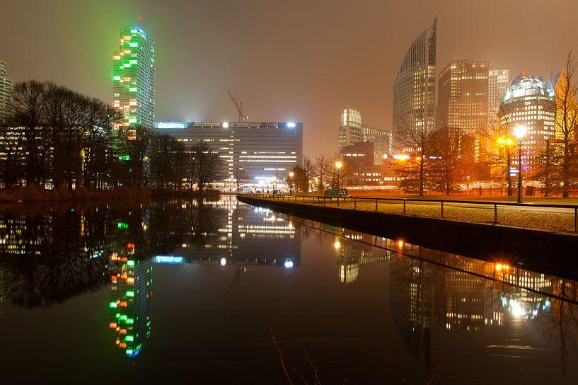 Nachtelijk Den Haag - 3 van Damien Franscoise