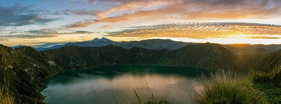 Sunrise Lake Quilotoa