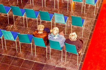 Drei Damen in der Kirche von Studio Kunsthart