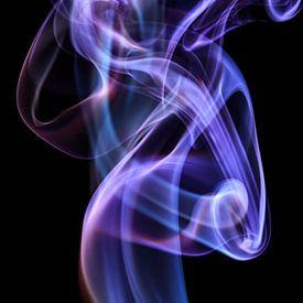 Beautiful Smoke on a black backdrop. sur Robert Wiggers