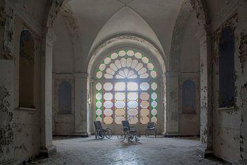 verlaten gekkenhuis van Ivana Luijten