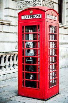 Rode Telefooncel in Londen van Barbara Koppe