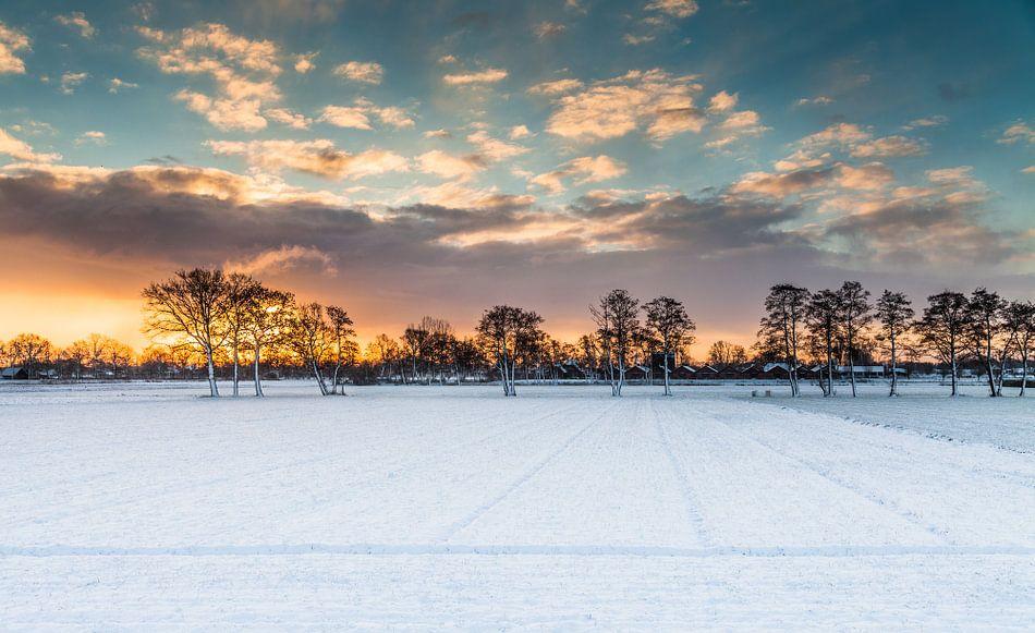Gouden randje aan de winter 1 van Jaap Meijer