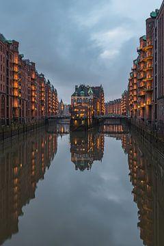Waterburcht - Speicherstadt Hamburg van Robin Oelschlegel