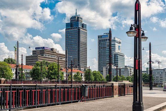 De Berlagebrug en de Skyline van Amsterdam.