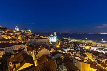 Lissabon zur blauen Stunde von Frank Herrmann