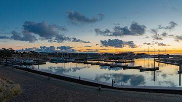 Jachthaven Vlieland wolkenspiegel.