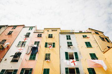 Farbige Häuser an der italienischen Amalfiküste, Cinque Terre, Portovenere, Italien von Evelien Lodewijks