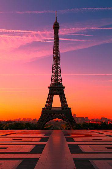 PARIS 15 van Tom Uhlenberg