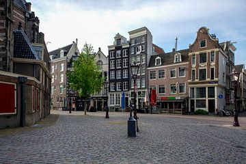 Oudekerksplein Amsterdam van Peter Bartelings Photography
