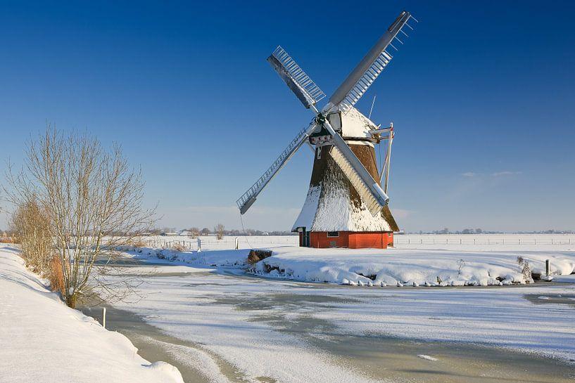 Krimstermolen in winter, Zuidwolde, Groningen van Henk Meijer Photography
