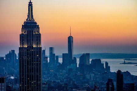 The Lower Manhattan skyline during sunset