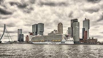 Cruise Terminal Rotterdam van Kok and Kok
