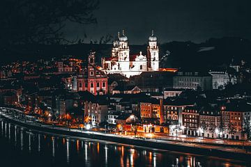 Oude stad Passau in Passau van Thilo Wagner