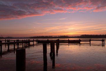Pink Sunrise aan het Hoornsemeer van Sandra de Heij