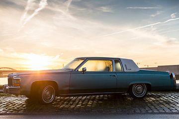 Cadillac aan de haven von Andras Veres