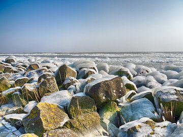 IJzige rotsen van Martijn Tilroe