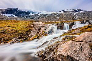 Waterval bij de Geiranger Gletsjer in Noorwegen