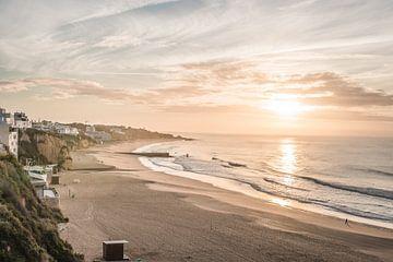 Albufeira Sonnenaufgang von Antoine Ramakers