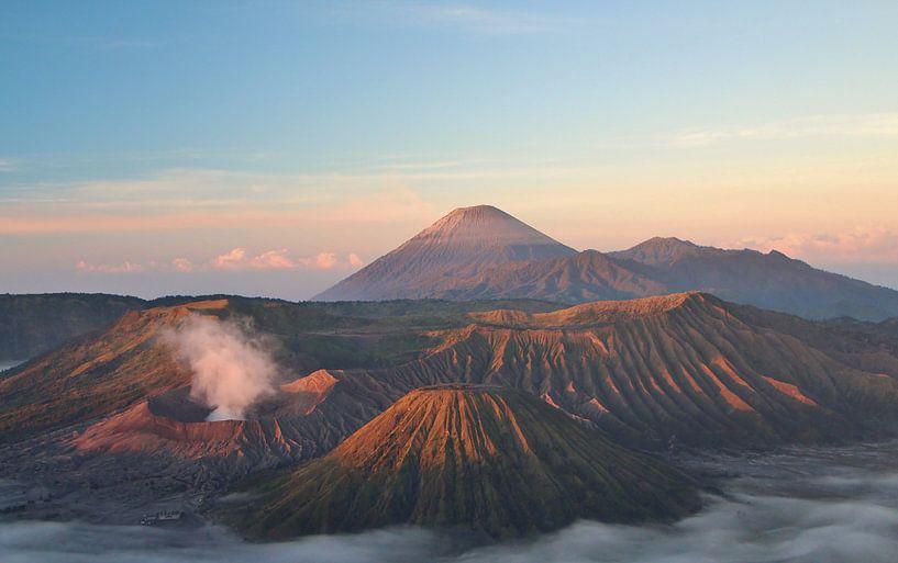 De Bromo vulkaan - Java, Indonesië van Stefan Speelberg