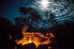 Vuur bij maanlicht