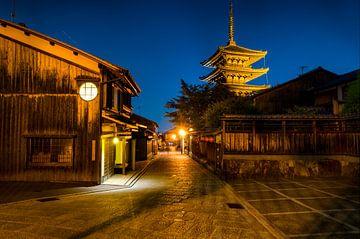 Japon typique avec temple - Japon sur Michael Bollen