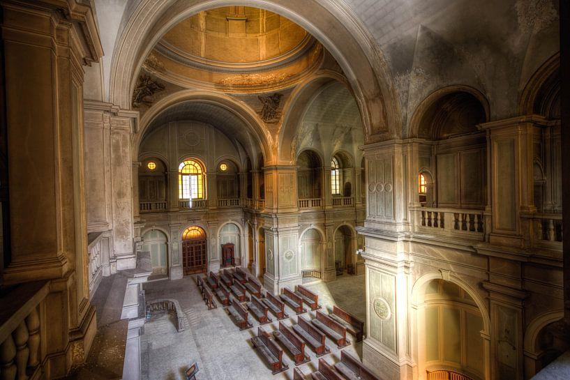 kerk in italie urbex van michel van bijsterveld