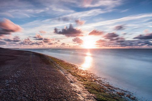 Zonsondergang over de Waddenzee