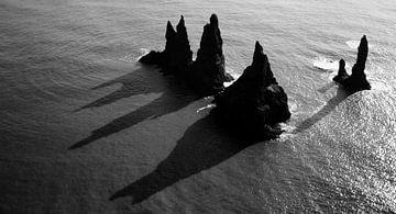 Reynisdrangar, IJsland von Roel Janssen