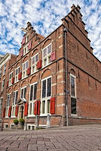 Oud koopmanshuis op een hoek in Amsterdam