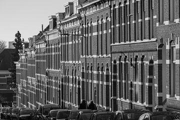 stijlvolle steile straat in Arnhem van Patrick Verhoef