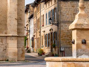 Dorpsplein in Marville, Frankrijk van Frankrijk Puur