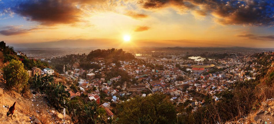 Antananarivo uitzicht panorama van Dennis van de Water