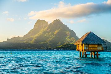 Overwater Bungalow op Bora Bora van Ralf van de Veerdonk