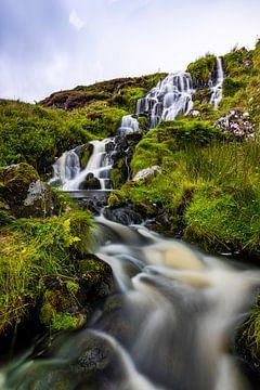 Bruidssluier waterval van Five elements media