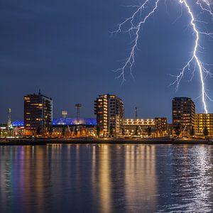 Stadion Feyenoord met onweer 7
