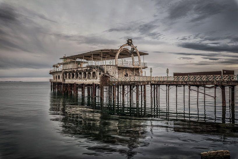 Verlassener Pier von Maikel Brands