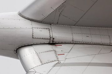 Vliegtuig close-up vleugel van Inge van den Brande