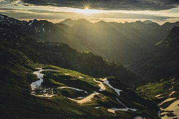Lever du soleil sur le Nebelhorn sur Tobias Reißbach